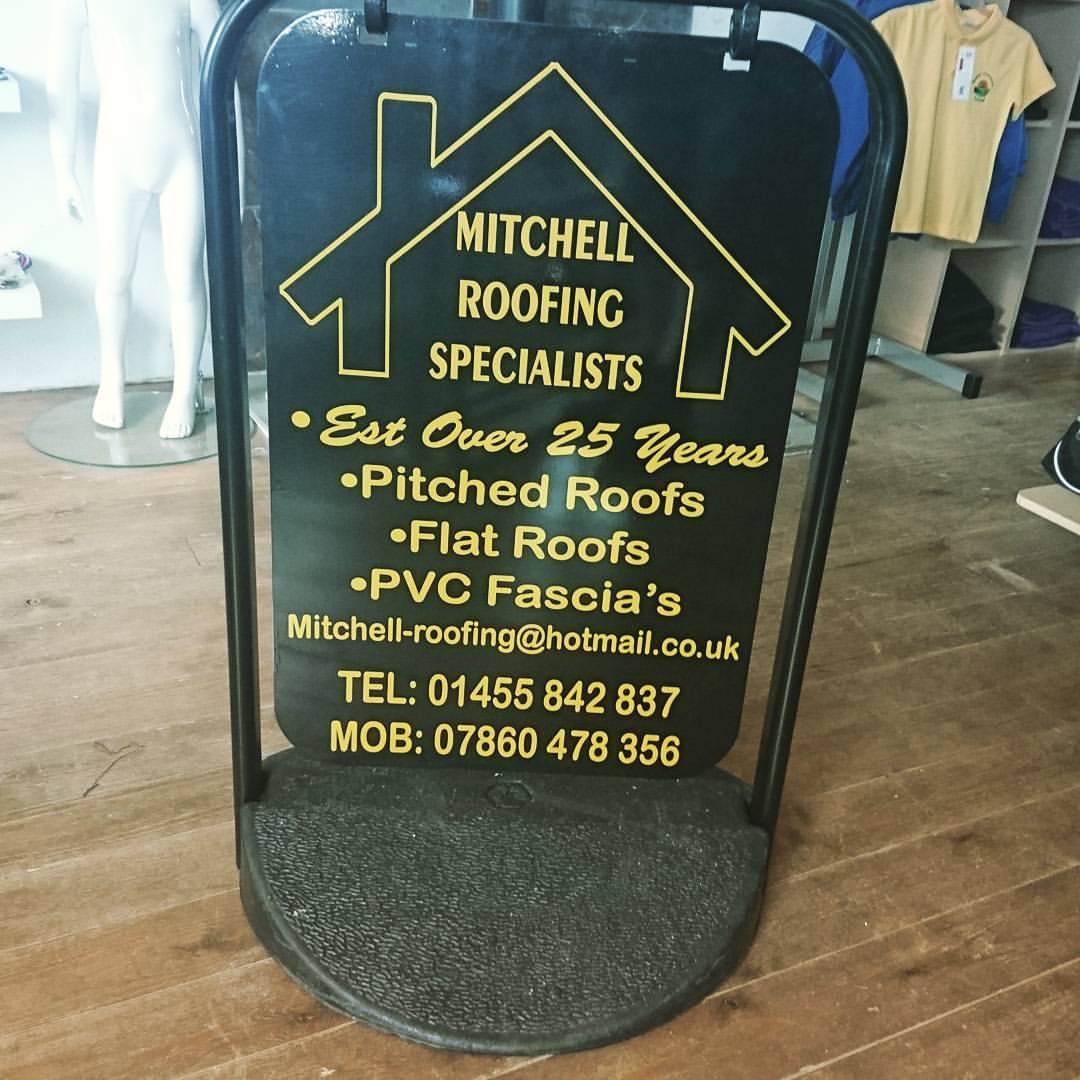Mitchell swing sign