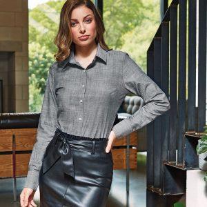 Women's cotton slub chambray long sleeve shirt